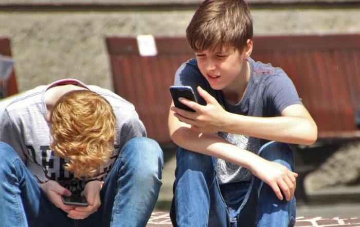 Pubers Voorbereiden Naderend Afscheid