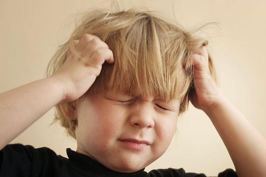 symptomen hoofdluis bij kinderen