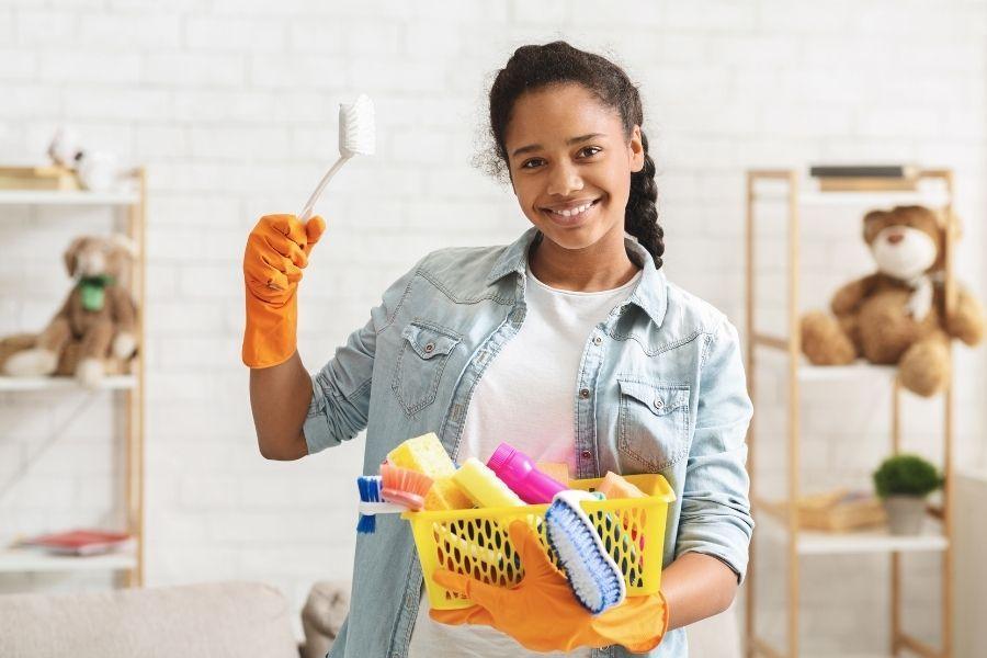 puber klusjes huishouden poetsen