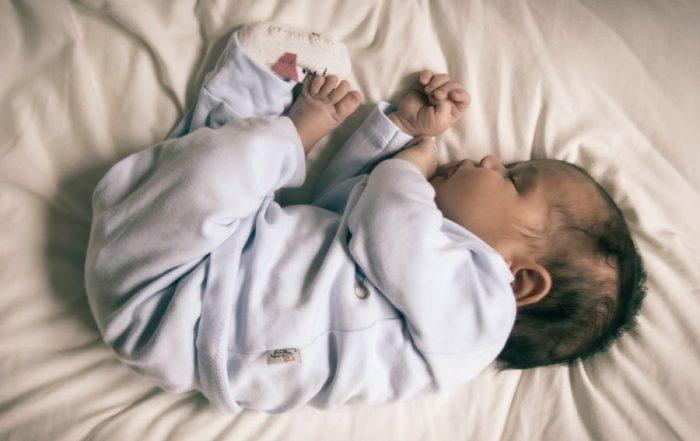 slaapritme baby 2 3 maanden