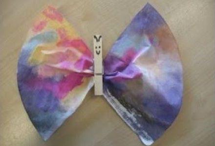 vlinders maken koffiefilters bezigheden kleuter