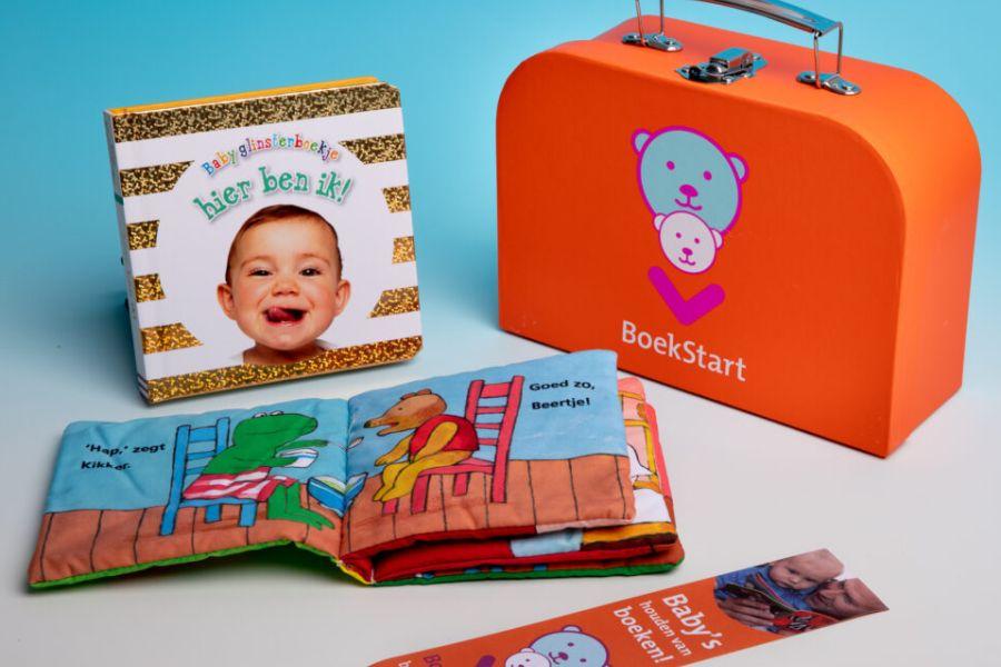 boekstartkoffertje baby voorlezen