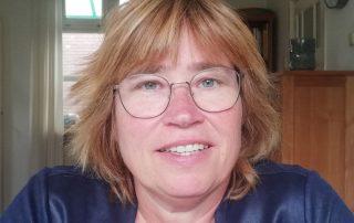 Pollie Kaal specialist Jeugd en Onderwijs Heuvellandbibliotheken